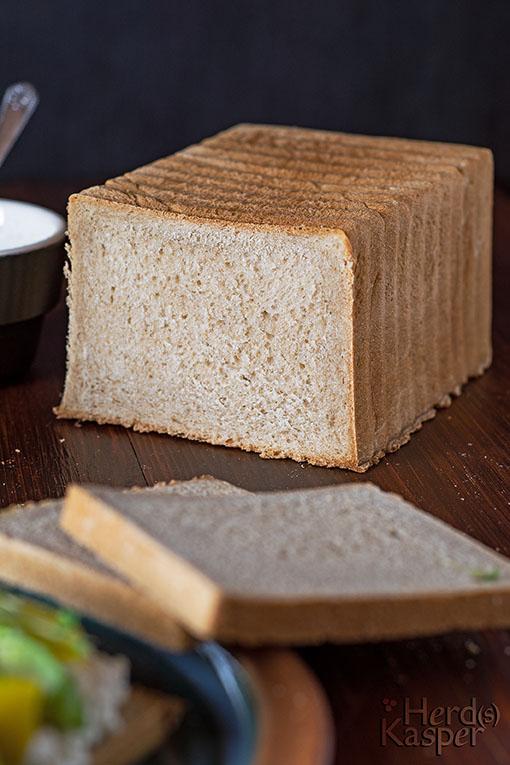Toastbrot, gebacken nach dem Salz-Hefe-Verfahren