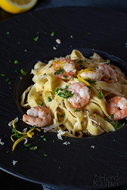 Pasta mit Zitronen-Limettensoße