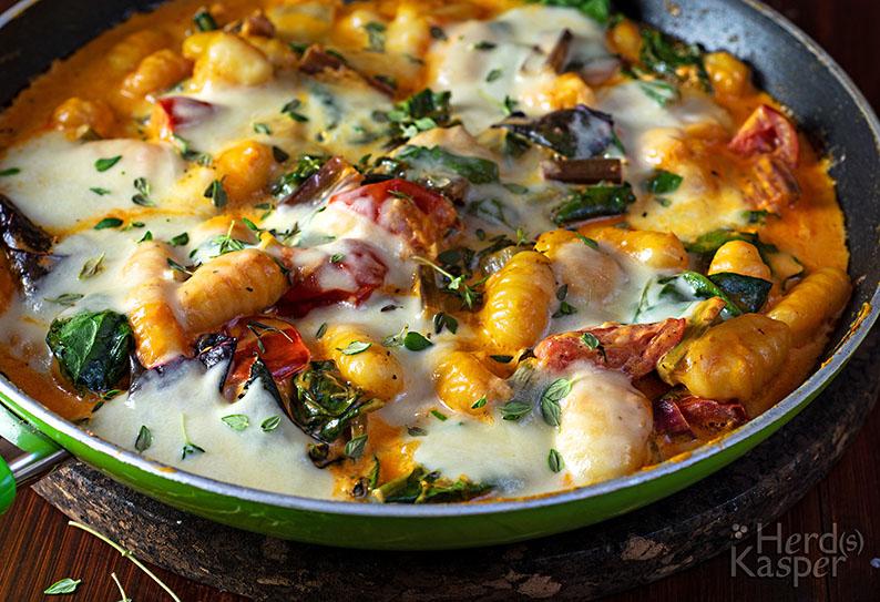 Gnocchi-Pfanne mit Mangold