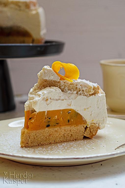 Der Clou: ein Fruchtspiegel aus Mango-Smoothie und Passionsfrucht.