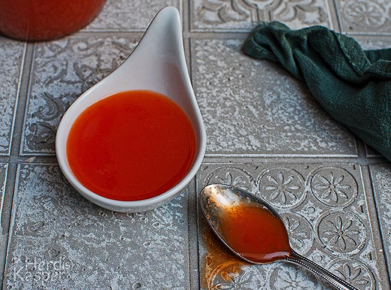 Fruchtige süß-saure Soße.