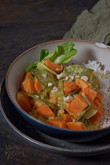 Süßkartoffel-Curry mit Reis